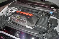 最高出力400psを発生する、「RS 3セダン」の直列5気筒ターボエンジン。