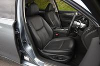 ターボ車、ハイブリッド車ともに「Type P」「Type SP」には本革シートが標準装備される。
