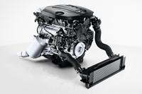 「BMW 320dブルーパフォーマンス」に搭載される、2リッター直4ディーゼルターボエンジン。