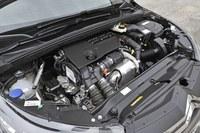 1.6リッター直4 SOHCディーゼルターボユニットは120psと30.6kgmを生み出す。JC08モード燃費は20.2km/リッター。
