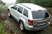 【スペック】 リミテッド:全長×全幅×全高=4760×1880×1750mm/ホイールベース=2780mm/車重=2130kg/駆動方式=4WD/4.7リッターV8SOHC16バルブ(231ps/4500rpm、41.8kgm/3600rpm)/価格=525万円(テスト車=同じ)