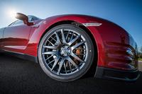 「日産GT-R」が2015年モデルに進化の画像