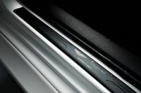 アストンの高級小型車「シグネット」は475万円の画像