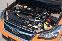 既存の「インプレッサ」と共通の2リッターの水平対向4気筒エンジン。スペック等も「インプレッサ」の4WDモデルと変わらない。