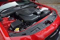 最高出力286ps、最大トルク34.7kgmを発生する3.6リッターV6エンジン。その数値は、従来型と変わらない。