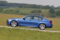 BMW、5代目「M5」を発表の画像