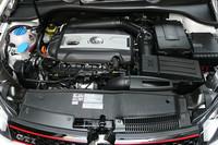「VWゴルフ」のスポーティモデル「GTI」追加
