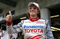 トヨタF1、初のポールポジションを獲得。ヤルノ・トゥルーリにとっては自身通算3回目の最前列となった。しかし、ラルフ・シューマッハーの大クラッシュに端を発した騒動がケチをつけてしまった・・・・・・。(写真=トヨタ自動車)