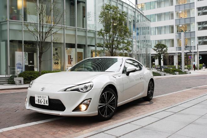 """トヨタ86 GT""""リミテッド""""(FR/6AT)【試乗記】"""