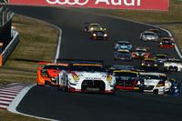 GT300クラスのスタートシーン。写真はレース1のもの。