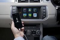 最新のコネクテッドシステム「InControl Apps」。