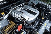 日産スカイライン2ドアスポーツクーペ25GTターボ(5MT)【ブリーフテスト】の画像