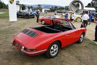 今年50周年を迎えた「ポルシェ911」はテーマ車のひとつ。オープニングイベントでも出展車のうち2台が展示された。こちらはカルマン社とともに製作された幻のカブリオレの試作車。