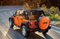 オレンジ色の特別なチェロキー&ラングラー登場の画像