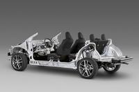 トヨタが「TNGA」対応の新車台を公開の画像