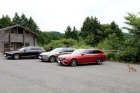 Eセグメントワゴンの代表である「メルセデス・ベンツEクラス」、「BMW 5シリーズ」、そして「ボルボV90」。スタイリッシュな3台からベストを選びます。(photo:荒川正幸)