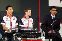 「スーパーアグリF1チーム」からは佐藤琢磨、アンソニー・デイヴィッドソン、チーム代表の鈴木亜久里氏が列席した。