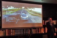 リモート駐車機能「サモン」は、今後日本に導入されるテスラの新型車「モデルX」「モデル3」にも搭載される。写真は、モデル3について説明する、テスラモーターズジャパンのニコラ・ヴィレジェ代表取締役社長。