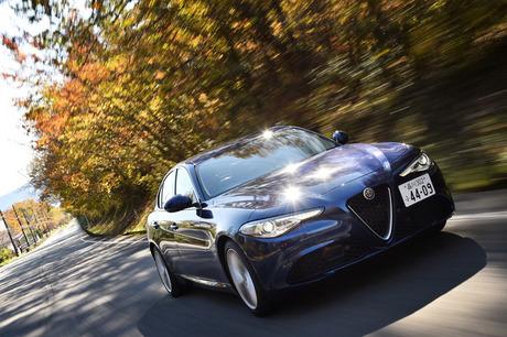 イタリア車の長所を伸ばし、短所をうまく補った……。「アルファ・ロメオ・ジュリア」は、ドライブした者に...
