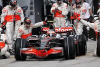 開幕戦から一転、いまいち冴えがなかったマクラーレン。コバライネン(写真)が表彰台の一角にのぼったが、ルイス・ハミルトンは、ピット作業の不手際などで5位に終わった。(写真=Mercedes Benz)