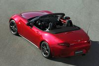 タイヤサイズは標準が16インチで、オプションで17インチが用意される。