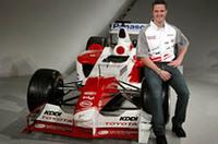 """トヨタ・モータースポーツ、05年はF1、インディ、スーパーGTで""""挽回""""の画像"""