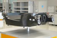 「MP4/12C」の核であるカーボンコンポジット製モノコック。ワンピース構造ながら、新しい製造方式によりコスト低減が図れたという。