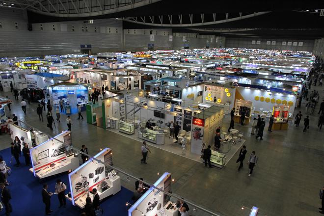 パシフィコ横浜の全ホールを使い、491社が出展した。