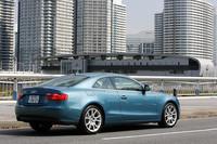 タイヤサイズは245/40R18と、V6モデルと共通。ちなみにBSポテンザRE050Aという銘柄も、以前に乗ったV6モデルと同じだった。