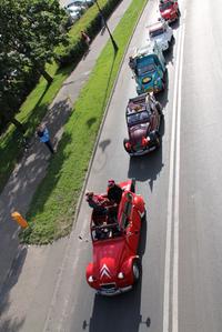 プログラムのクライマックスとして企画された、ヴィスワ川沿いのパレード。