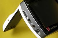 USB1.1ポートを装備。
