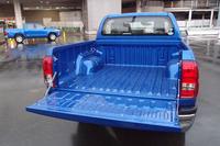 荷台の様子。オプションでベッドライナー(ポリ塩化ビニール製の中敷き)やトノカバーも用意される。