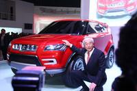 現地の乗用車シェアNo.1を誇る、スズキの合弁会社マルチスズキ。中西眞三社長自ら、コンセプトカー「XAα」を披露した。