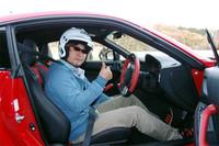 自動車ライターの山田弘樹氏。ハチロクと聞いたら、乗らずにはいられません!?