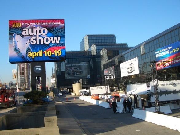 ニューヨークショーの会場はこちら。マンハッタンにある、ジェイコブ・ジャビッツ・コンベンションセンター。