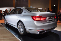 「BMW 7シリーズ」にPHVのエントリーモデルが登場の画像