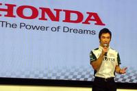 昨年に続きインディカーに参戦する佐藤琢磨もまた、気合十分。「今年は心に余裕がある。自分の力を出せそうです」。