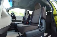 前席は、セパレートシートが「快適温熱シート」「はっ水タイプ」「ベーシック」の3タイプ、そしてベンチシートと計4種類から選べる。
