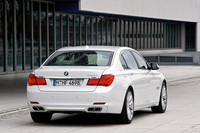 BMW7シリーズに544psの最上級「760Li」登場の画像