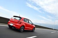 「ポロGTI」のMT車のJC08モード燃費は、15.9km/リッター。DSG車では17.2km/リッターとなっている。指定燃料は無鉛プレミアム(ハイオク)。ともに、燃料タンクの容量は45リッター。
