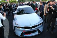 「コンコルソ・デレガンツァ・ヴィラ・デステ2016」の前夜祭で発表された「BMW 2002オマージュ」。
