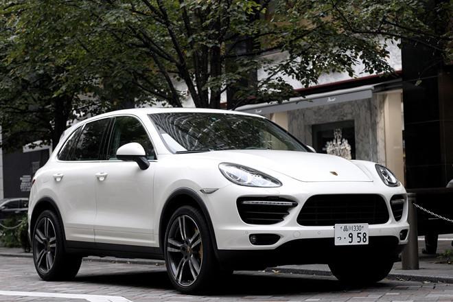 ポルシェ・カイエンターボ (4WD/8AT)【ブリーフテスト】