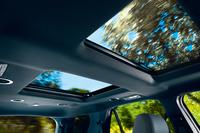 「エクスプローラー」にサンルーフ装備の限定車の画像