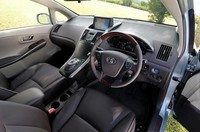 トヨタのハイブリッド専用車「SAI」デビューの画像