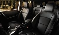 日産デュアリスに、黒革シート装備の特別仕様車の画像