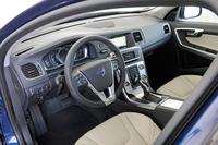 ボルボが「S60/V60/XC60」の安全装備を強化の画像