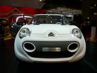 「シトロエンC-Cactus」:ディーゼルハイブリッド搭載のコンセプトカー【コレはゼッタイ!】の画像