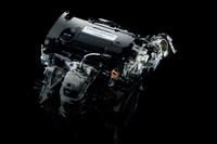 「オデッセイ アブソルート」に搭載される、直噴の2.4リッター直4エンジン。