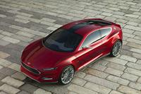 2013年デトロイトショーで公開された「フォード・エヴォス コンセプト」。