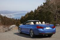 BMWの新たな4シーターオープン「4シリーズ カブリオレ」。日本では2014年2月に発売された。
